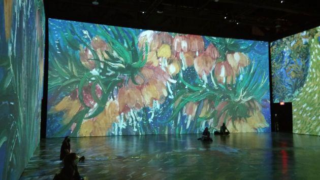 Grand mur fleurs